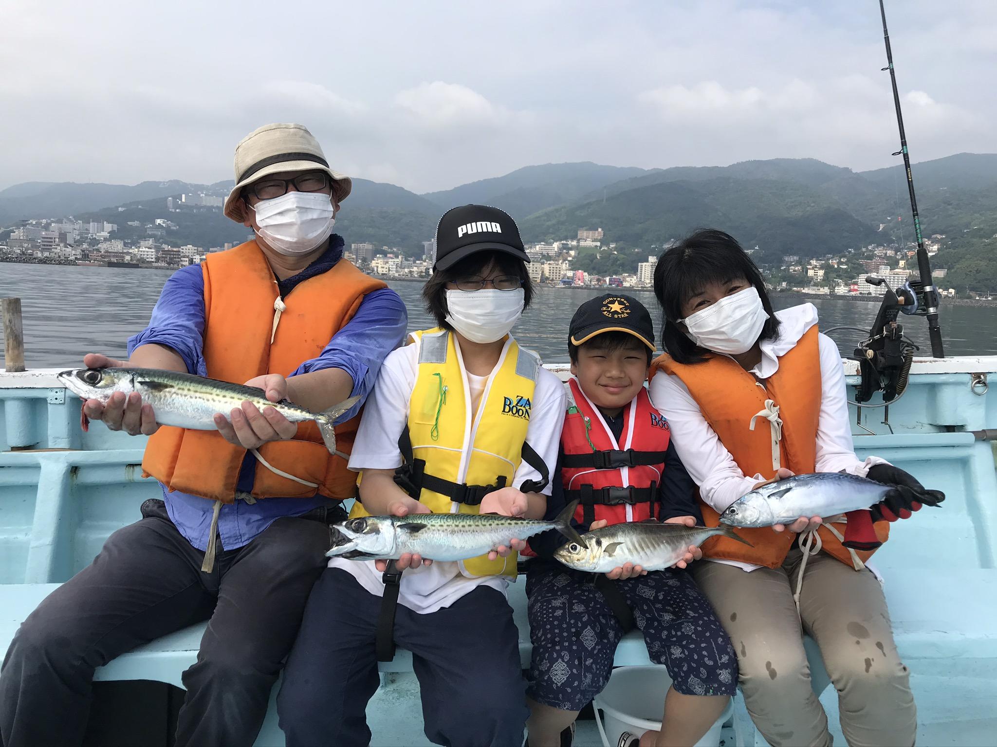 たくさん釣れました サバサバアジソウダガツオ