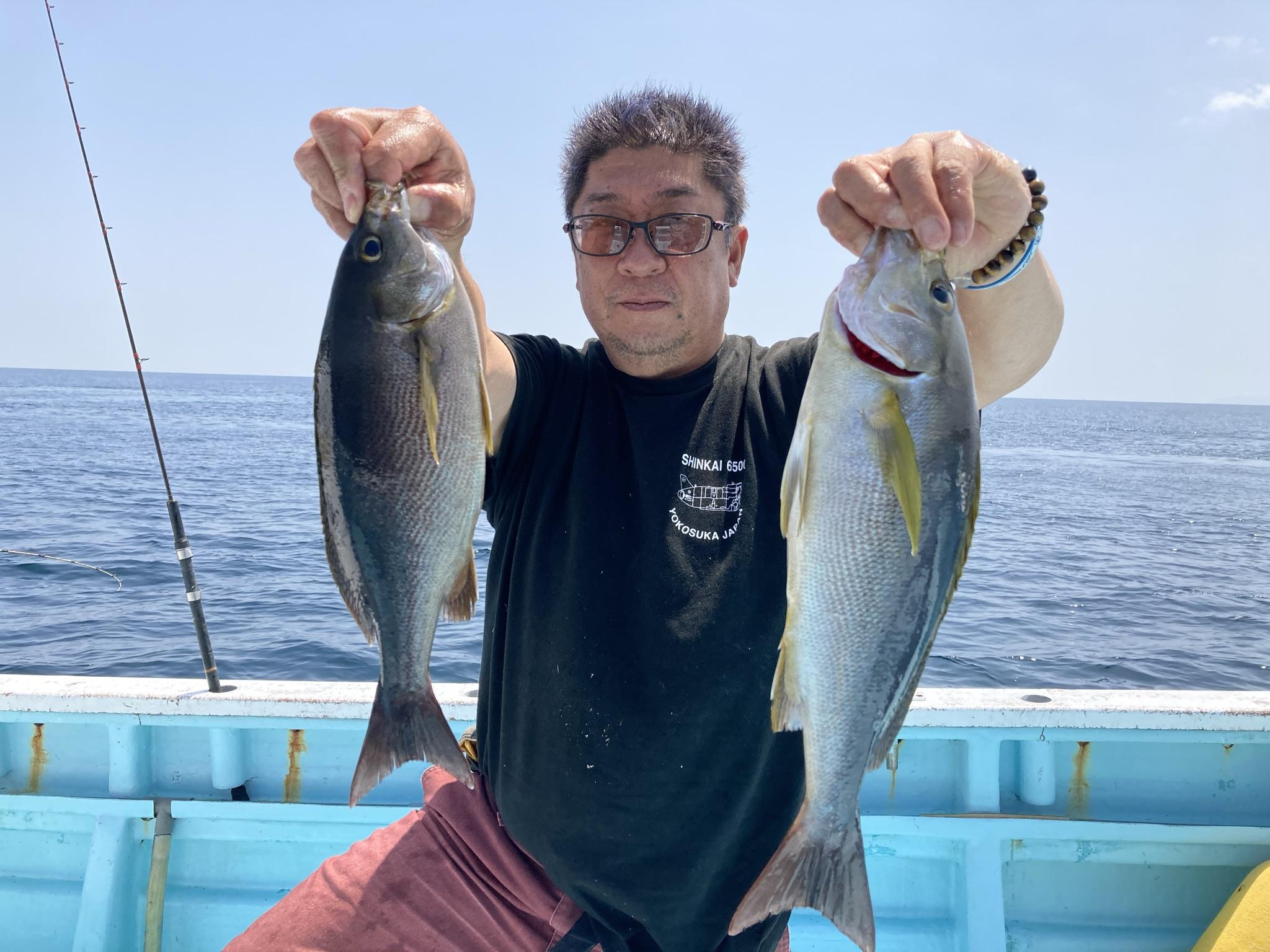 イサキ ポツポツですが朝から終了まで釣れました